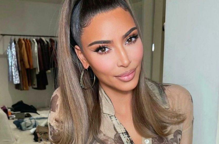 «Горячая штучка!»: Ким Кардашян показала тело в крошечном бюстгальтере и расстегнутых шортах