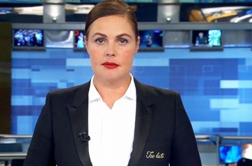 Совсем не стареет: как выглядит 59-летняя Екатерина Андреева без макияжа?